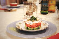 salat_s_lososem_i_avakado