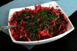 salat_so_svjokloy_i_morskoy_kapustoy
